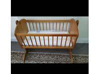 Toys r Us swing crib