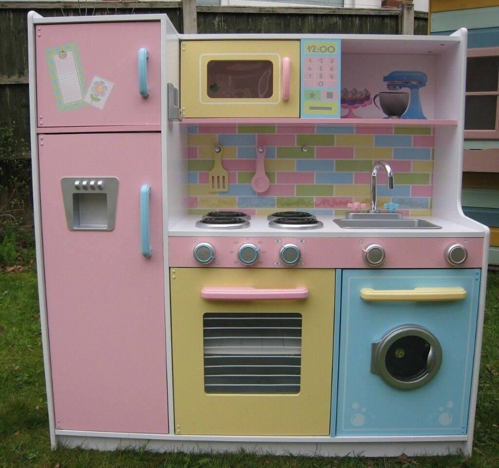 Kidkraft Deluxe Culinary Pastel Coloured Wooden Kitchen