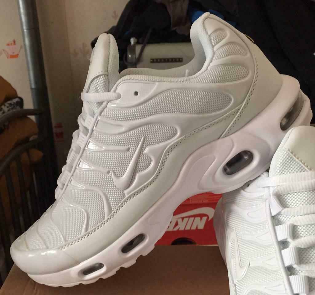 BRAND NEW NIKE AIR TNS PLUS BLACK AND BLUE ANY SIZE NIKE TRAINERS MAN AND KIDS GOOD WHOLESALE H1 | in Halesowen, West Midlands | Gumtree