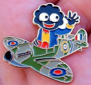 GOLLY-WW11-SPITFIRE-PILOT-RAF-BATTLE-OF-BRITAIN-ENAMEL-PIN-BADGE