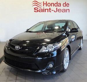 2011 Toyota Corolla XRS Auomatique-Toit-A/C-Mags