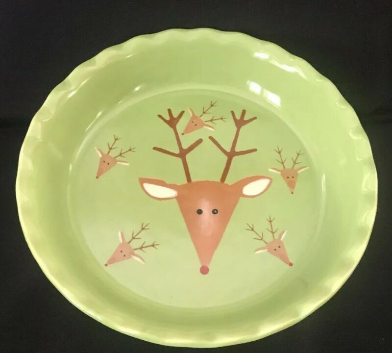 Christmas Reindeer Green Pie Plate Baking Dish Oven Microwave