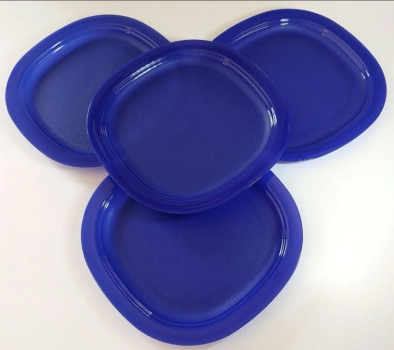 "New Tupperware Microwave Reheatable Luncheon Plates 4pc Set 9.5"" Blue FREE SHIP"