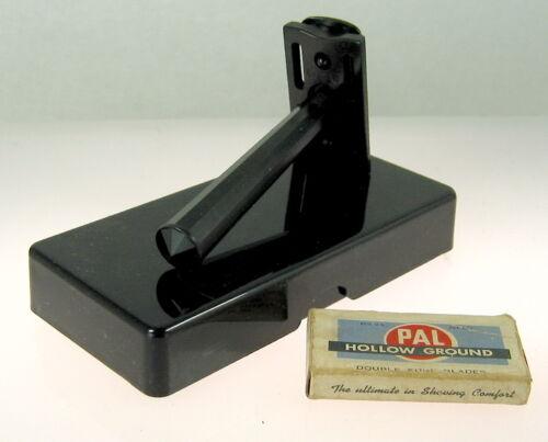 1940s Black Bakelite 3-Piece Safety Razor Set With Pal & Gillette Blades
