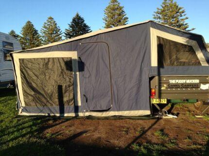 Camper trailer. Nomad model build by Camel