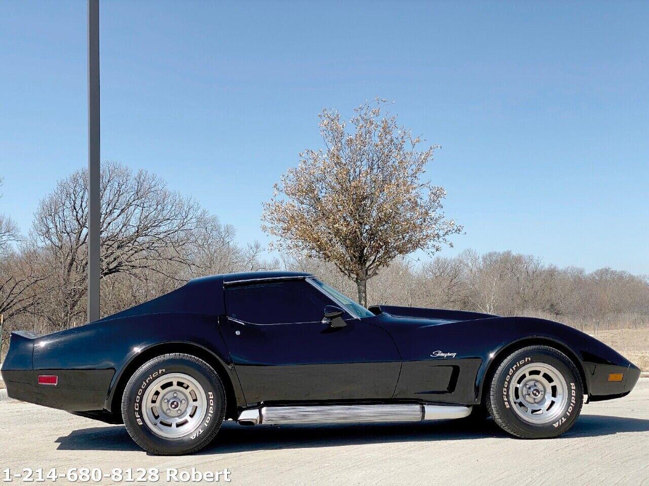1976 Black Chevrolet Corvette Stingray  | C3 Corvette Photo 5