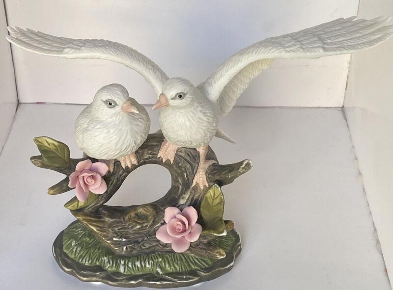 Wellington Collection White Doves Ceramic Vintage Figurine Birds Pink Rose