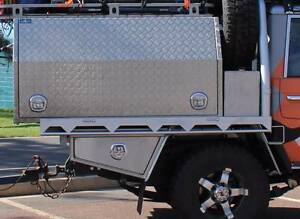 Toyota Land Cruiser Dual Cab Ute Tray with Water Tank Cumnock Cabonne Area Preview