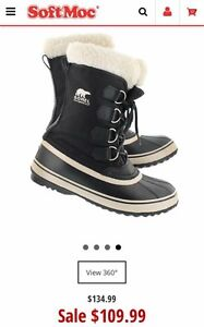 Ladies Sorel size 5  (Winter Carnival Boots with Faux Fur)