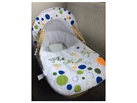 Lovely Moses Basket & Stand