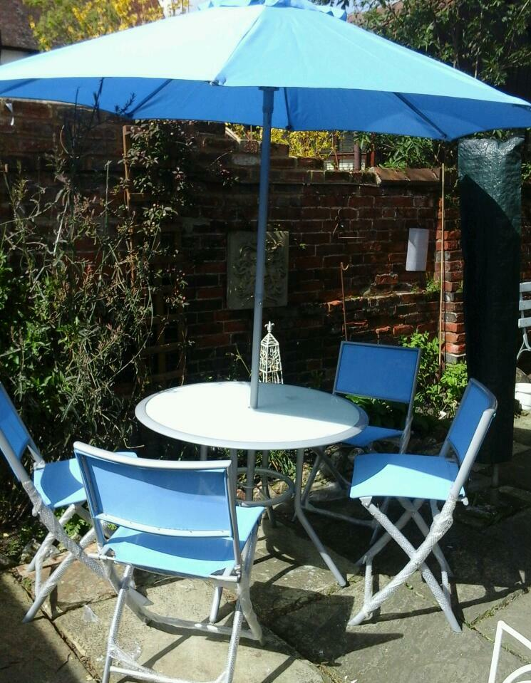 BN B Q Garden Table 4Chairs   Garden Brolley. BN B Q Garden Table 4Chairs   Garden Brolley  Glass Table Top   in