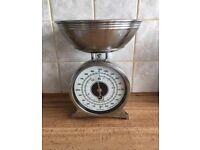 Kitchen craft chrome scales retro/vintage