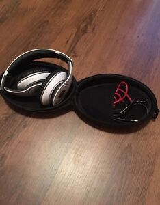 Beats Dr. Dre Headphones brand new