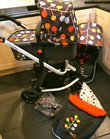 Cosatto Giggle 2 Pram- Pushchair Fable 🧡