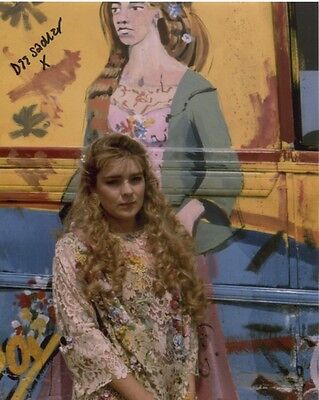 Dee Sadler Photo Signed In Person - Flowerchild in Doctor Who  - C120