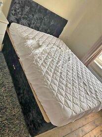 "Divan Crushed Velvet 4ft6"" Double Size Beds Optional"