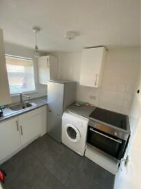 Studio Flat to rent in Stratford E15 . Part dss accepted