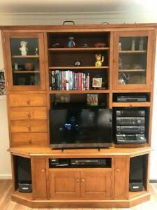 TV Wall Unit with Sony HiFi VHS entertainment centre buffet hutch
