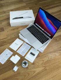 Like new Apple MacBook Pro 13 RETINA 8 gb ram 256 ssd