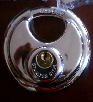 Public Storage Steel Round Padlock With Shielded Shackle 127 Disc 70Mm 2 3 4  Ps