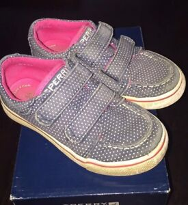 Chaussure fille gr 25 / 8.5