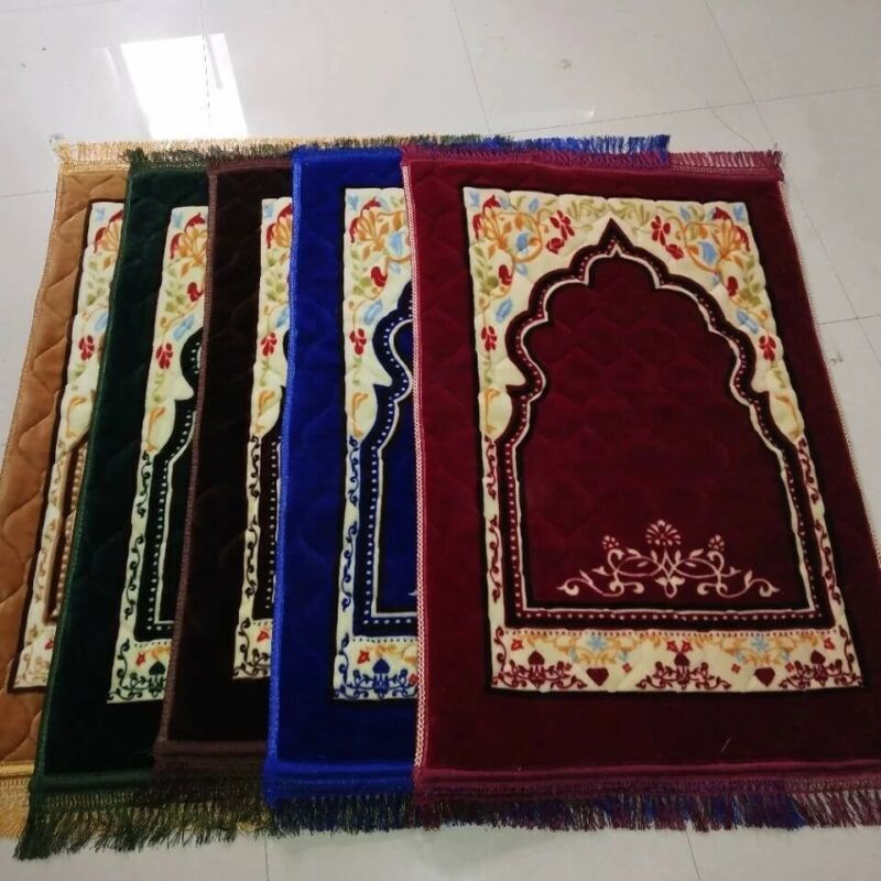Muslim Prayer mat 2021 New design, very soft Islam Sajadah Rug 80x120, Thick Mat