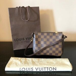 6628c1935c19 Louis Vuitton Pochette