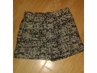 Women High Waisted Shorts Size 14 Forever 21 in Black & White