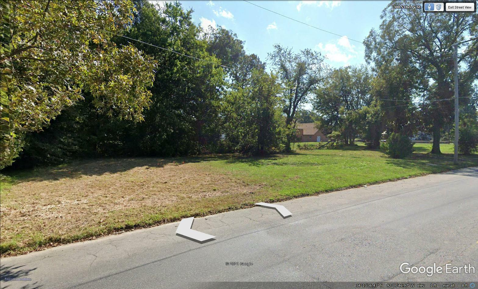 VACANT LOT FOR SALE WITH UTLITIES - GREAT VALUE- READY TO BUILD!