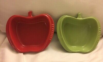 NIB, Le Creuset  Mini Apple Dishes, Set Of 2, Palm And Cerise Le Creuset Apple