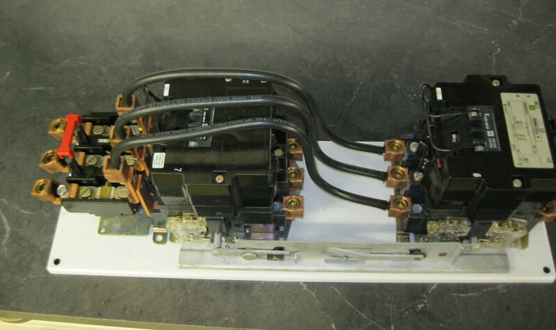 Square D 8736SFO1S 3 Pole Size 4 Reversing Motor Starter w/ 120v coils 8736SF01S