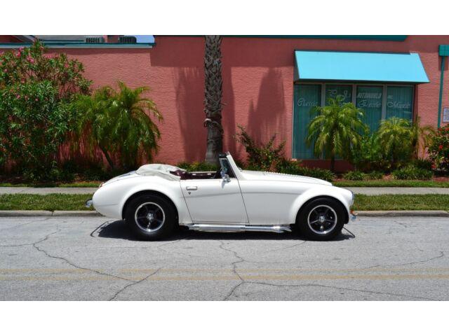 Austin Healey 1962 AUSTIN HEALEY SEBRING MX ROLL UP WINDOWS COVERTIBLE TOP 5.7 V8  like Cobra