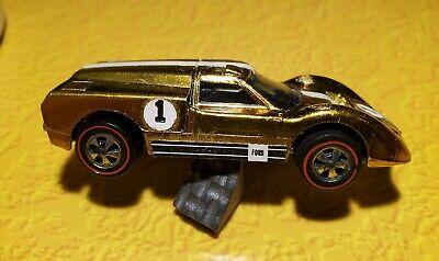 Hot Wheels Original Redline US 1968 Ford J Car in Gold Nice