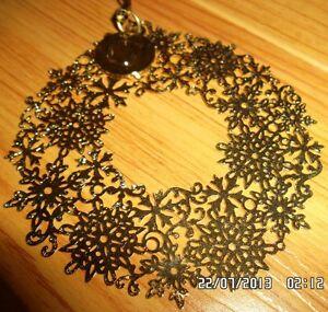 BRAND NEW Gold Coloured Snowflake Design Christmas Ornament