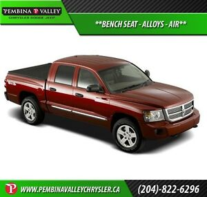 2008 Dodge Dakota SXT *BENCH SEAT, ALLOYS, AIR*