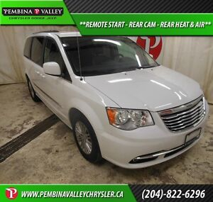 2016 Chrysler Town & Country Touring-L *REMOTE START, REAR CAM,
