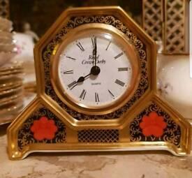 Royal crown derby old imari clock