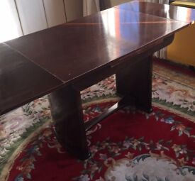 Mahagony dinning table