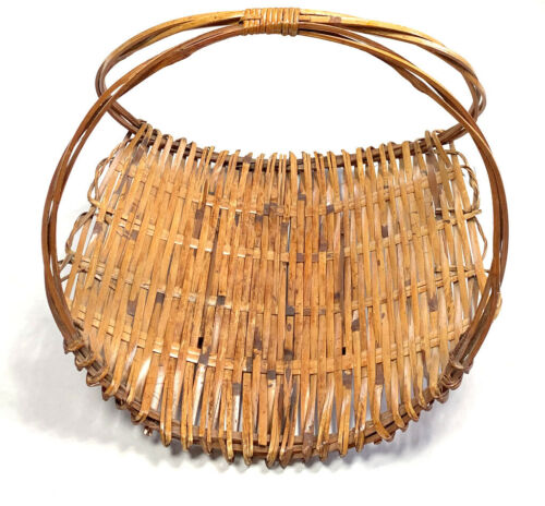 Vintage Wicker Rattan Magazine Rack or Basket Tray Home Decor Brown Bamboo