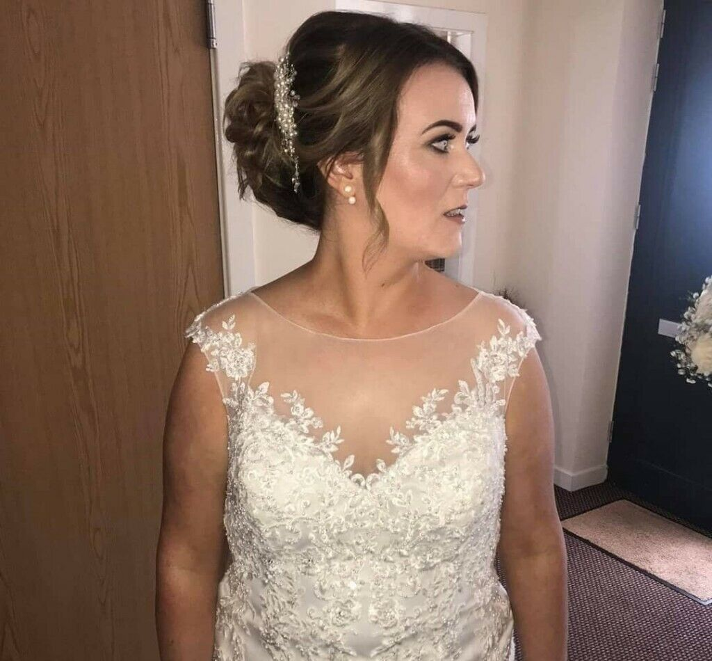 London And New York Trained Make Up Artist Covering All