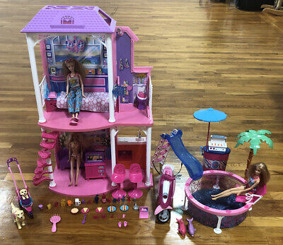 NRFP 2011 Barbie 2-Story Beach House Mattel W/ Pool, Scooter, 2 Dogs, 3 Barbies