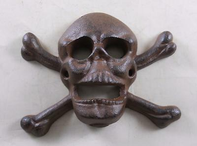 Cast Iron Wall Mounted Skull & Crossbones Bottle Opener Kitchen Pub Bar Beer