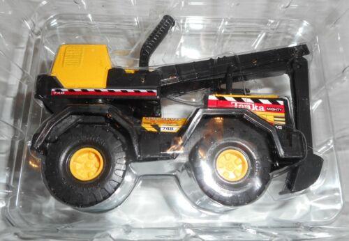"2001 Hasbro TONKA MIGHTY Backhoe #762906 toy truck 4.5"" L x 3 1/2"" H Maisto Intl"