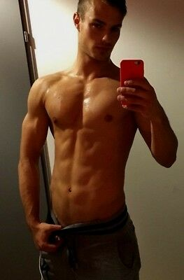 Shirtless Male Athletic Build Beefcake Muscle Jock Hot Asian Guy PHOTO 4X6 F1628