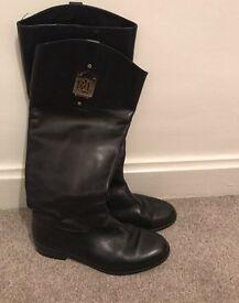 Genuine Ralph Lauren black boots size 4.5/5