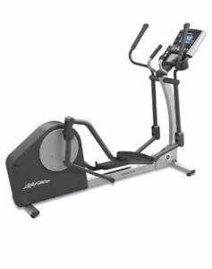 Life Fitness x1 total-body elliptical cross-trainer