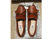 Clarks RRP£70 tan leather loafers flat shoes bow tassels size 3 heels boots flats loafer 35 35.5 36