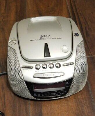 GPX D715 CD Player Duel Alarm Digital Clock - AM/FM Radio -Tested Working Silver