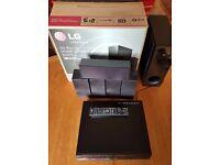 LG 3D Blu-Ray Disc™ Home Cinema System (BH6220S)