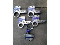 Hytorc stealth 4 torque wrench with four cassette links